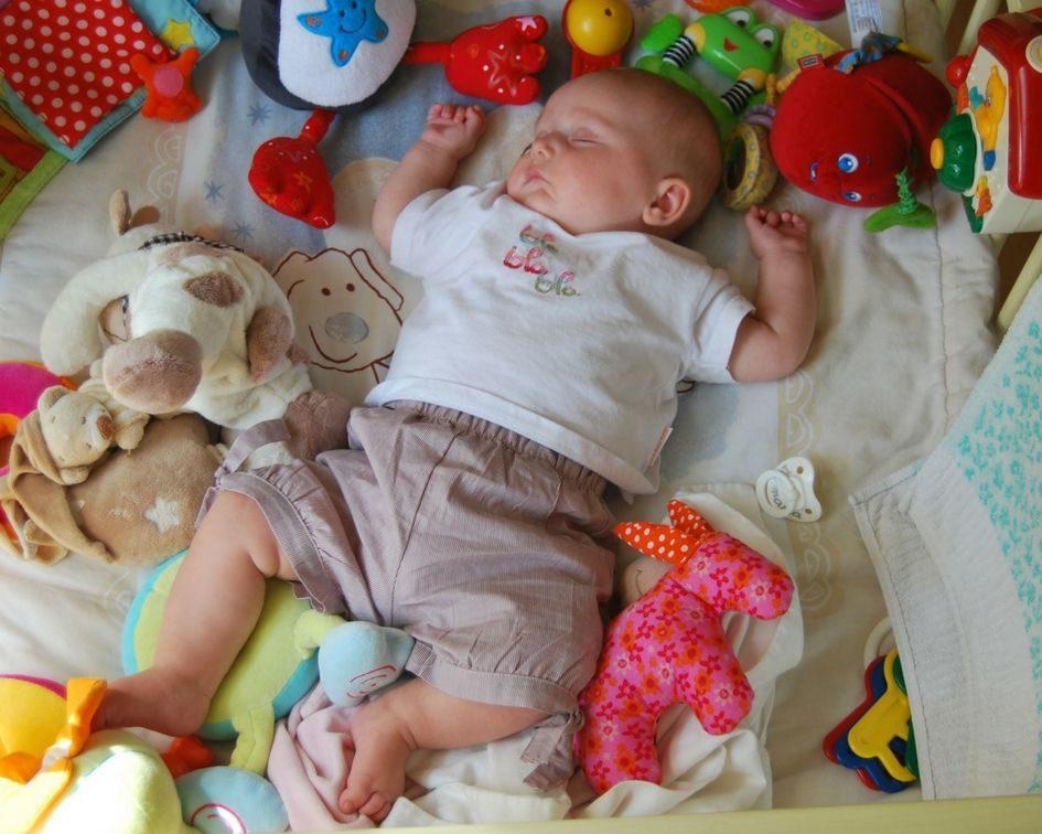 Bezpečné hračky pro dítě do 3 let